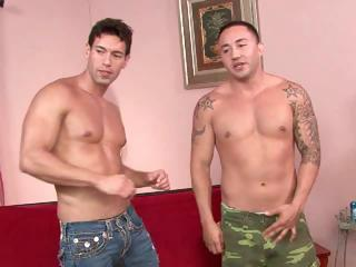 str7 hunky guy lets himself be seduced by his