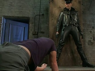 slutty gay man got bondaged by perverted cop
