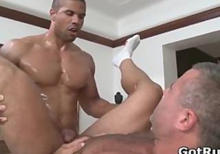 hawt guy acquire his amazing body massaged part410