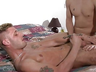 tattooed blond homo hunk got his booty fucked