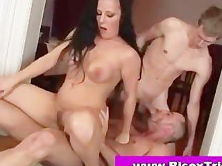 bisexual female three-some engulfing