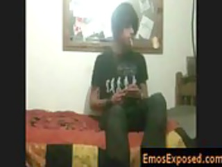 darksome hiared and smoking emo getting his hands
