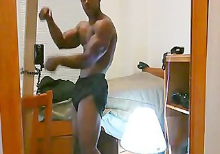 natural bodybuilding posing 00705